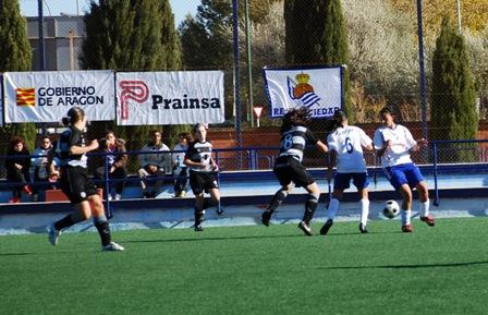 Imagen del partido del equipo femenino contra el Alcaine de Zaragoza.