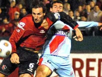 Schiavi se zafa de un jugador del Arsenal