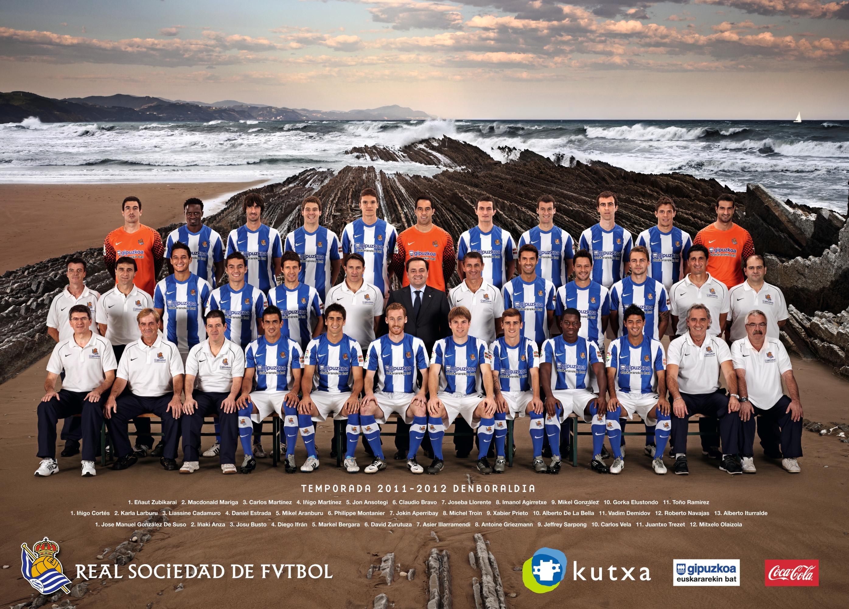Hilo de la Real Sociedad Poster-de-la-real-2011-2012