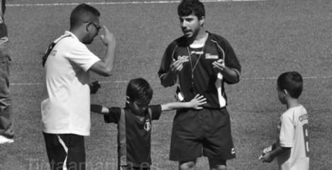 niño arbitro