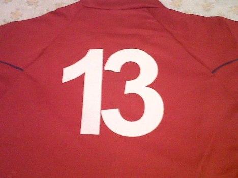 camiseta y 13